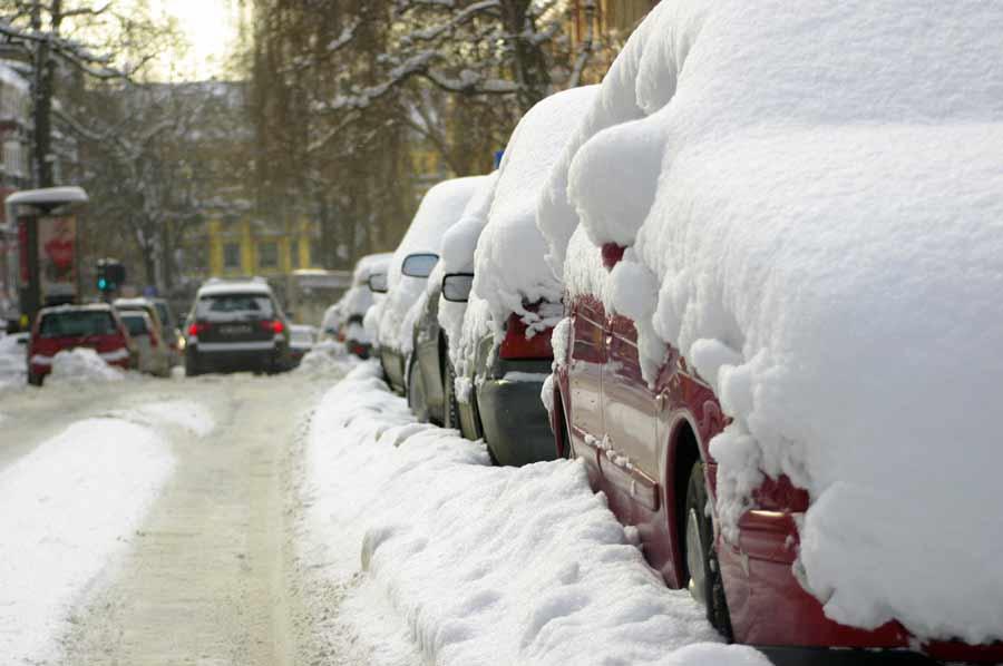 Comment bien démarrer sa voiture quand il fait froid ?