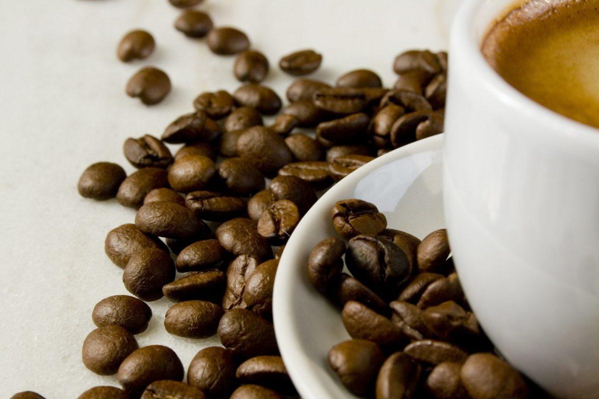 Comment choisir entre les capsules à café et les dosettes à café ?