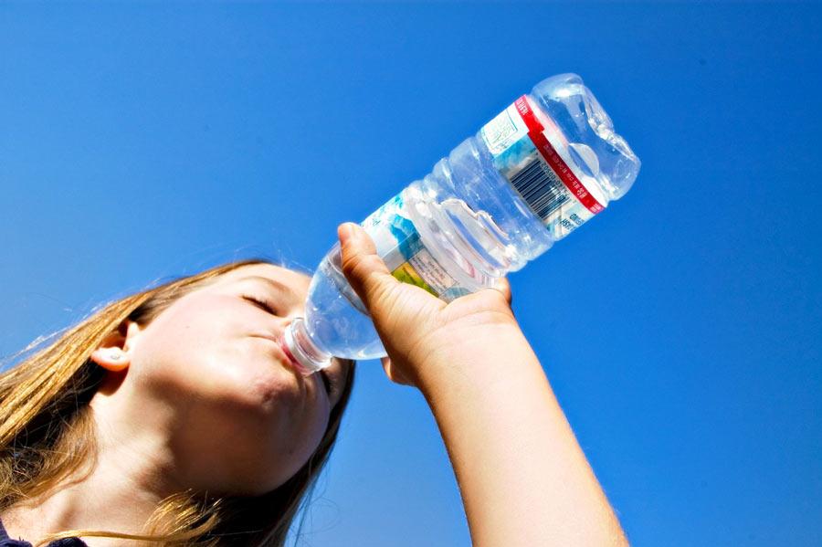 Pourquoi boire 1 litre d'eau par jour ?