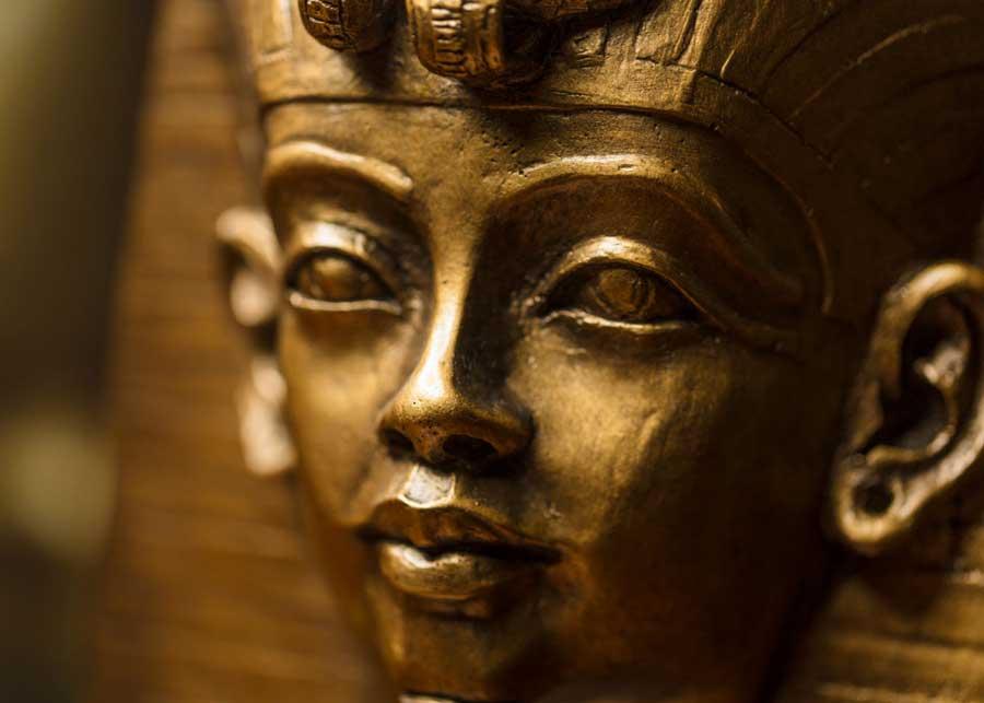 Découvrez les secrets cachés de Toutankhamon